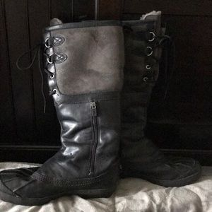 Women's Ugg Rain/Snow Boots